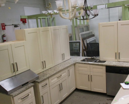 Ivory Kitchen Cabinet Set